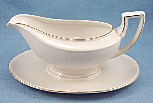 Johann Haviland - Bavaria Germany - Gravy W/ Fixed Under-plate