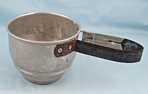 Kitchen Collectible - Foley - One-handed Sifter, 1943 Pat. No.