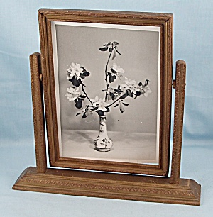 Art Deco - Swing Frame - Gold, Floral Photo
