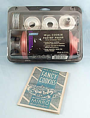 Mirro - 16 Pc. Cookie Pastry Press #2, Original Packaging