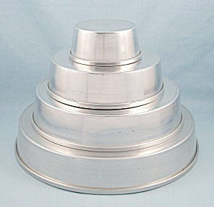 Vintage Vitality (Mirror) Aluminum - Four Tier Party Cake Set