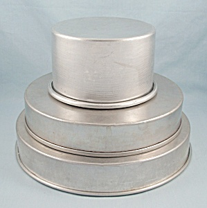 One, Magic Line - Three Tier Cake Pans Set