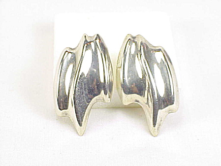 Signed Laton Mexican Abstract Design Sterling Silver Pierced Earrings