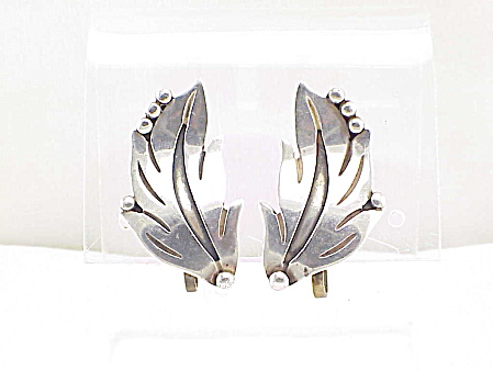 Maricela Eagle 3 Taxco Mexico Sterling Silver Leaf Screw Back Earrings