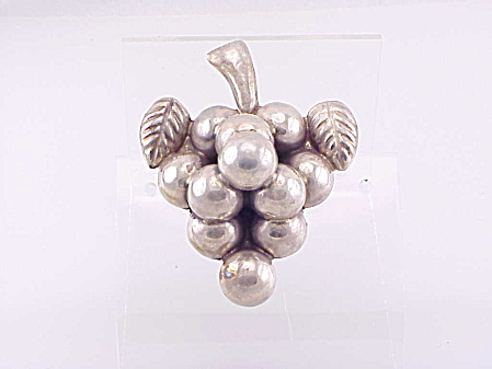 Vintage Plata Mexican Sterling Silver Grape Cluster Brooch
