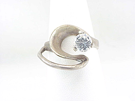 Modernistic Signed Taxco Mexico Sterling Silver Cubic Zirconia Ring