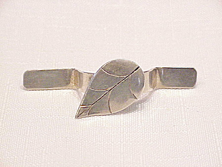 Victorian Edwardian Sterling Silver Posey Holder Tussie Mussie Brooch