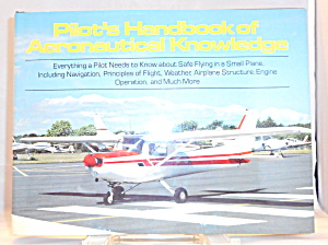 Pilots Handbook Of Aeronautical By Outlet Book Company Staff B3046